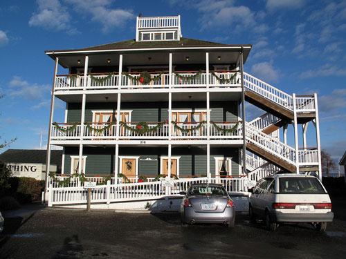 Port Townsend Weddings - the Swan Hotel