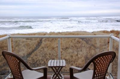 Vacations By The Sea, Westport, WA has fantastic ocean views